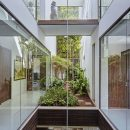 Apartment with Courtyards